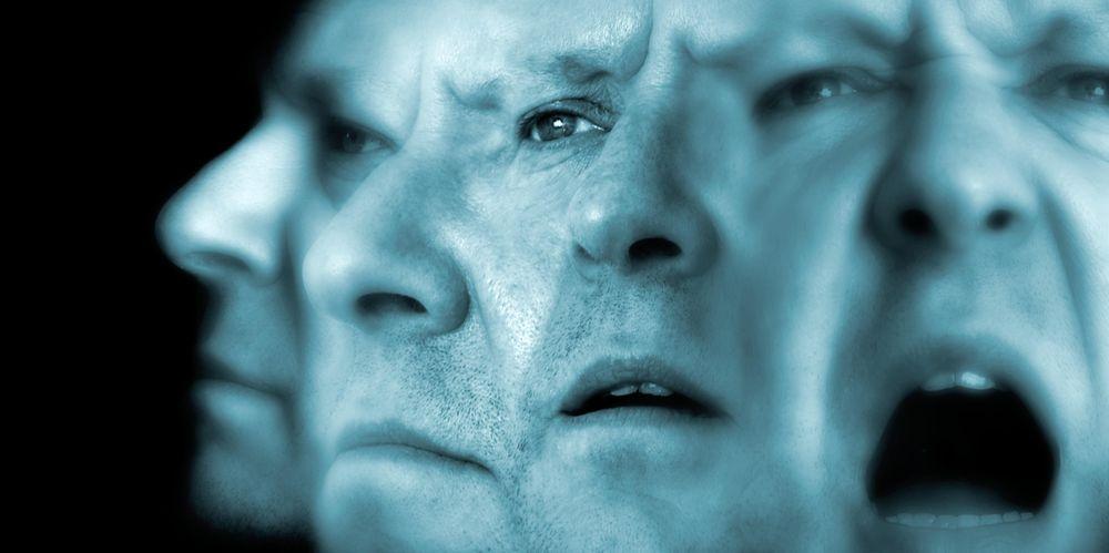 Параноидальная (параноидная) шизофрения: галлюцинации и бред